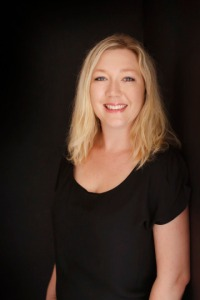Rebecca Raisin Author Photo
